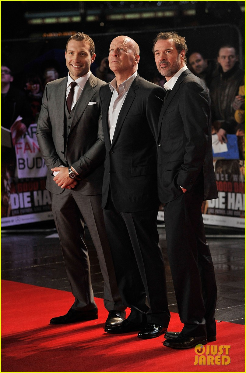 bruce willis jai courtney die hard london premiere 03