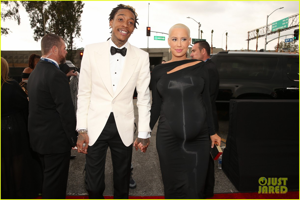 wiz khalifa amber rose grammys 2013 red carpet 06