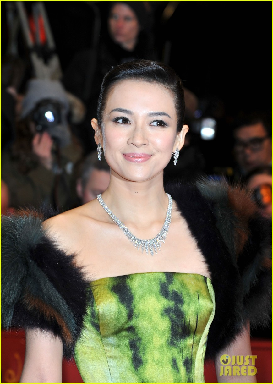 ziyi zhang grandmaster premiere photo call in berlin 042806796