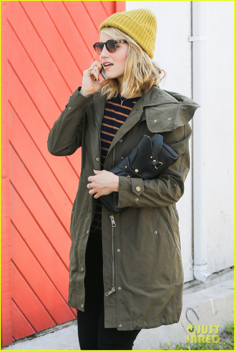 dianna agron heres to showing your love 04