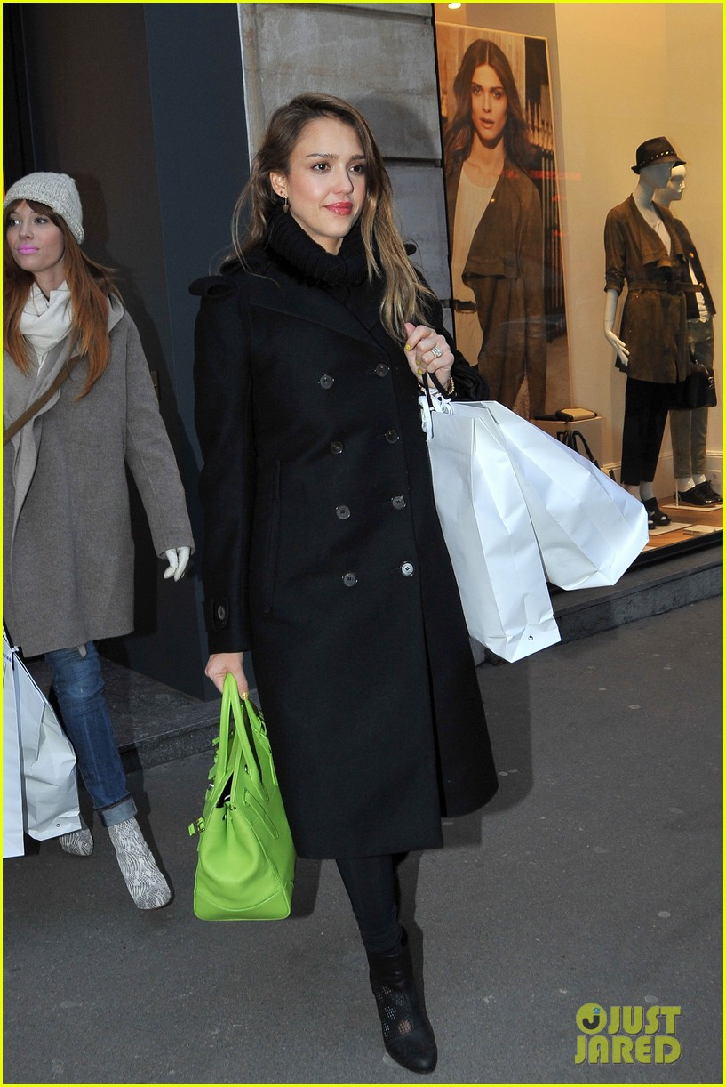 jessica alba kenzo paris fashion show 12