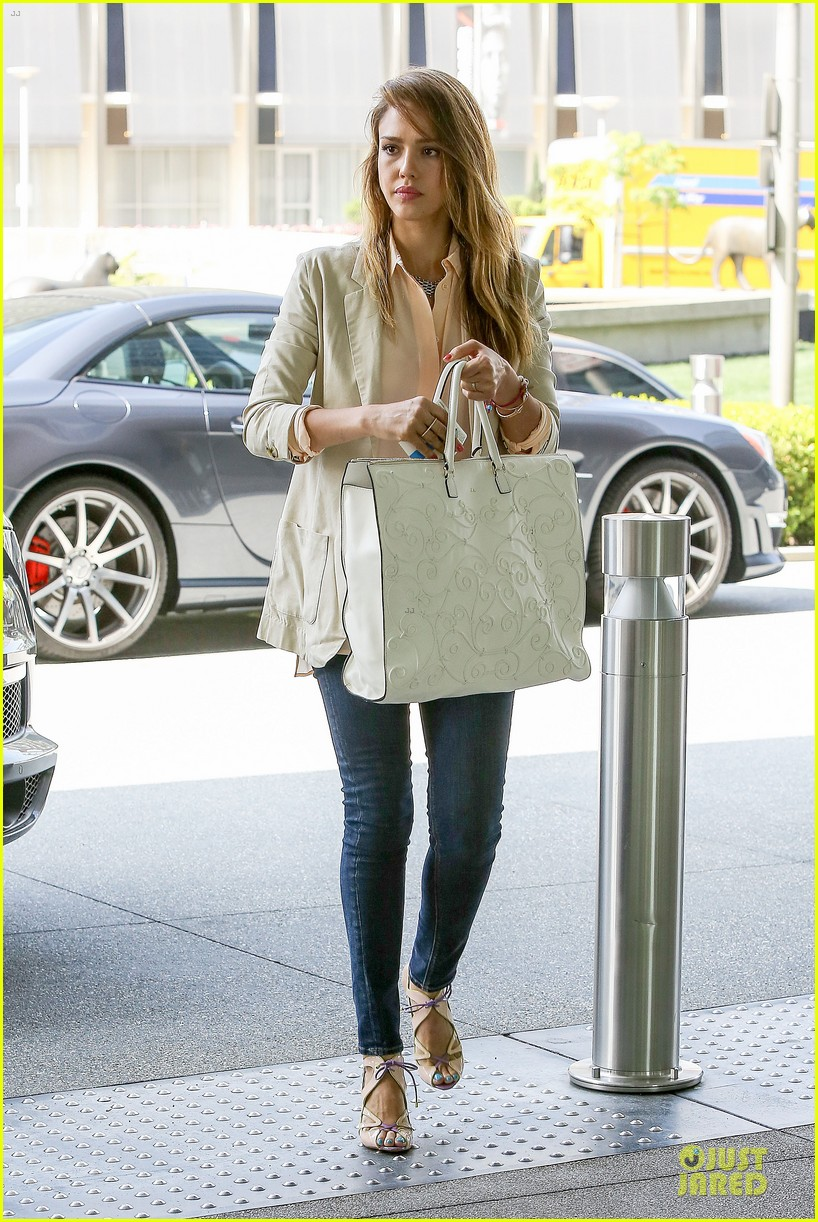 jessica alba cash warren matsuhisa dinner date 022840099