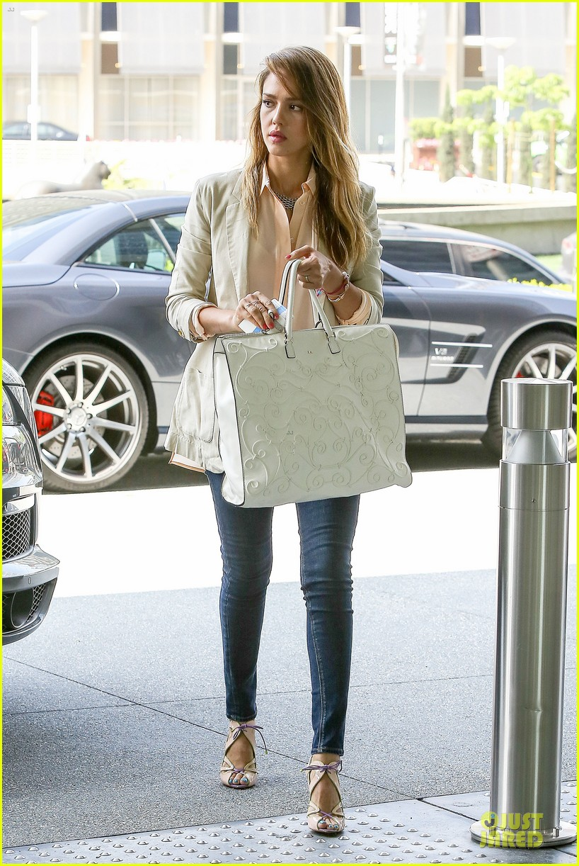 jessica alba cash warren matsuhisa dinner date 082840105