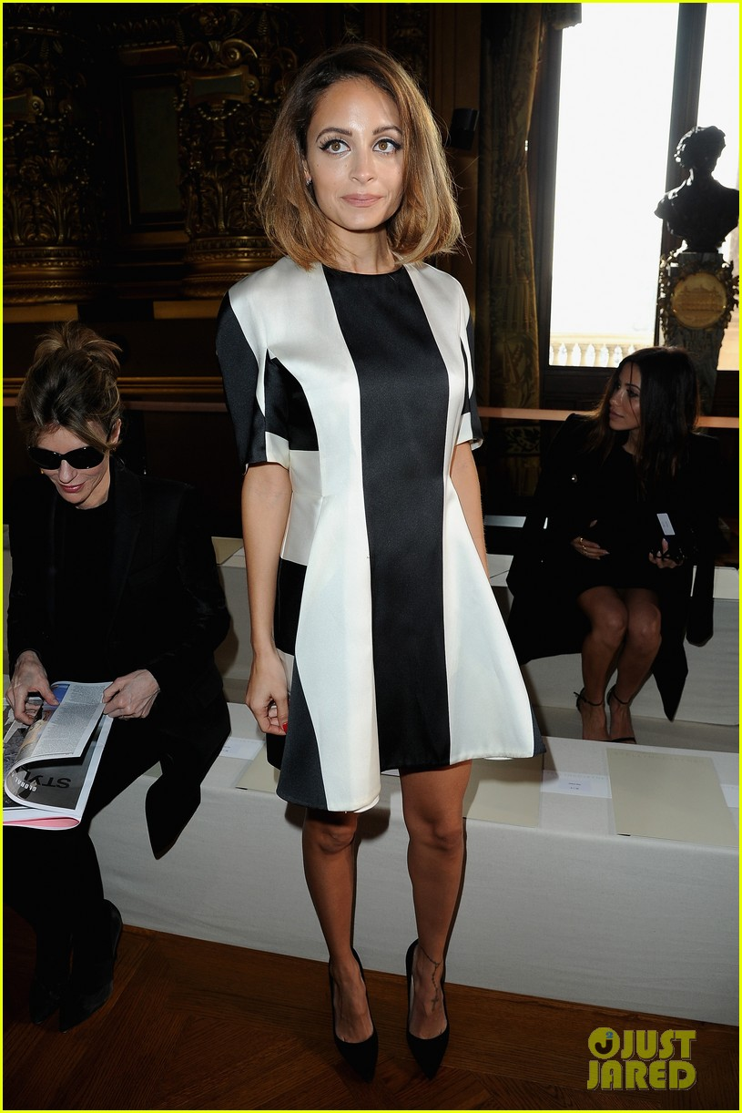 jessica alba nicole richie stella mccartney fashion show 05
