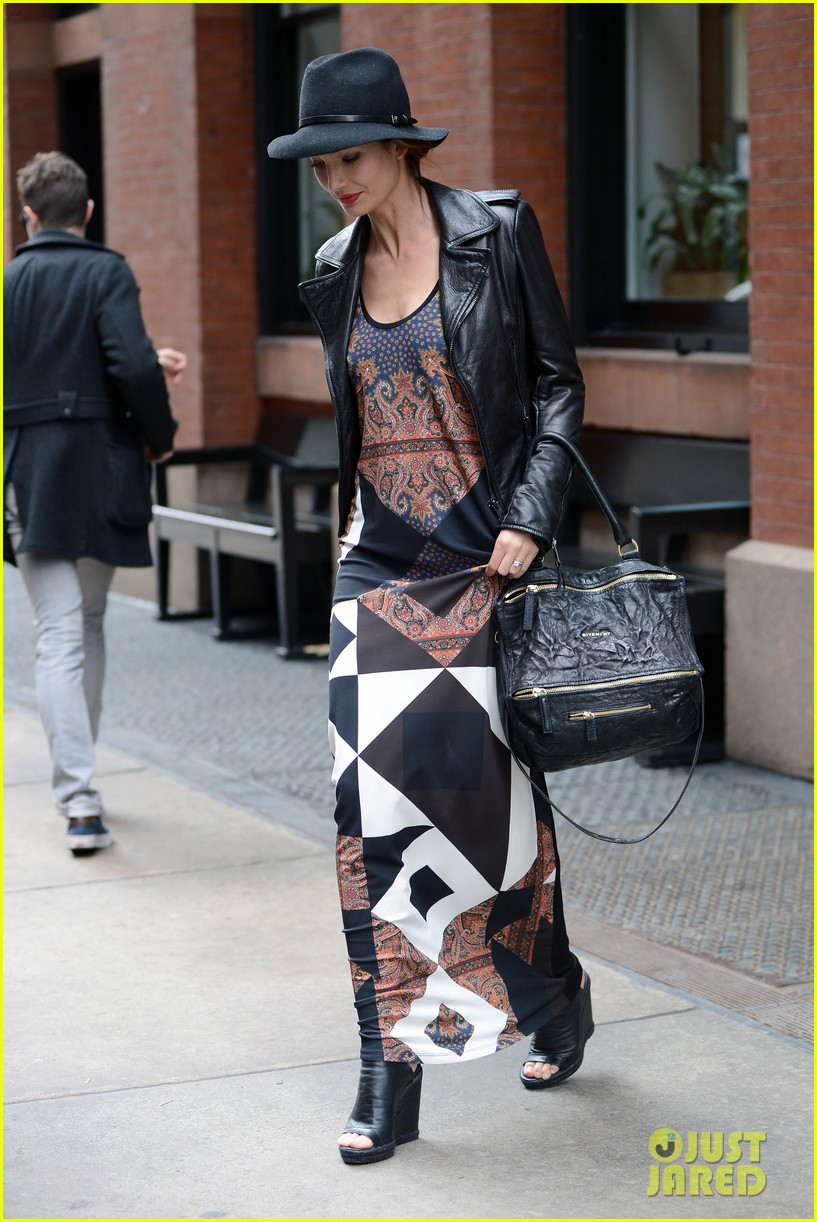 lily aldridge velvet collection launch at bloomingdales 05