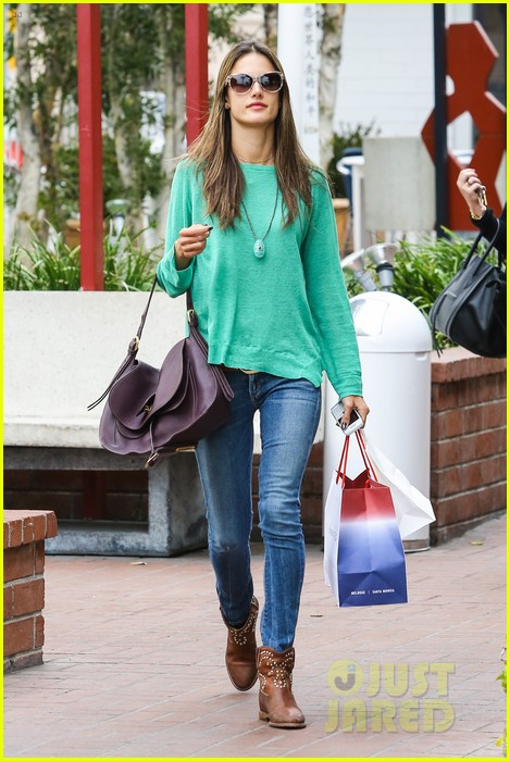 alessandra ambrosio fred segal shopper 36