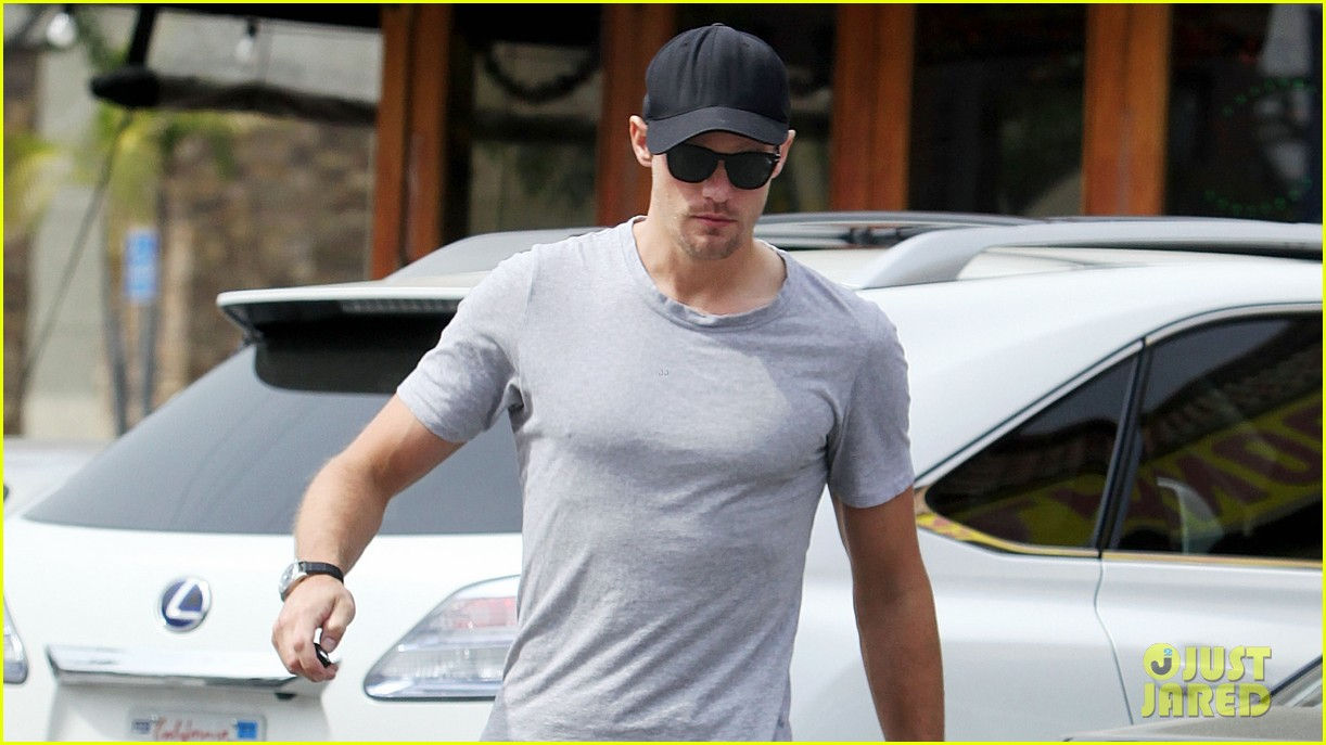 alexander skarsgard pimai its thai lunch 022833416