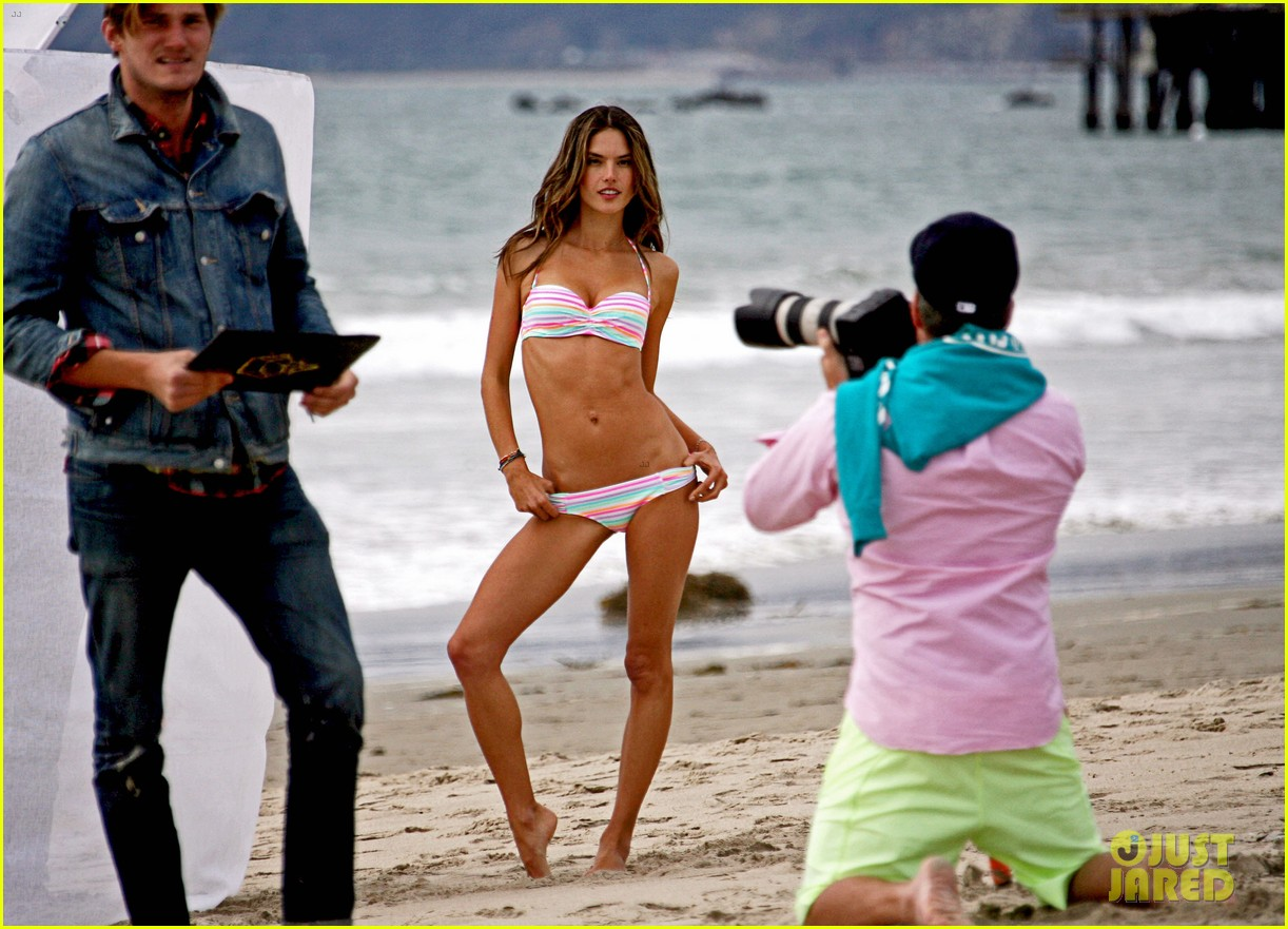 alessandra ambrosio bikini photo shoot in venice beach 082826452