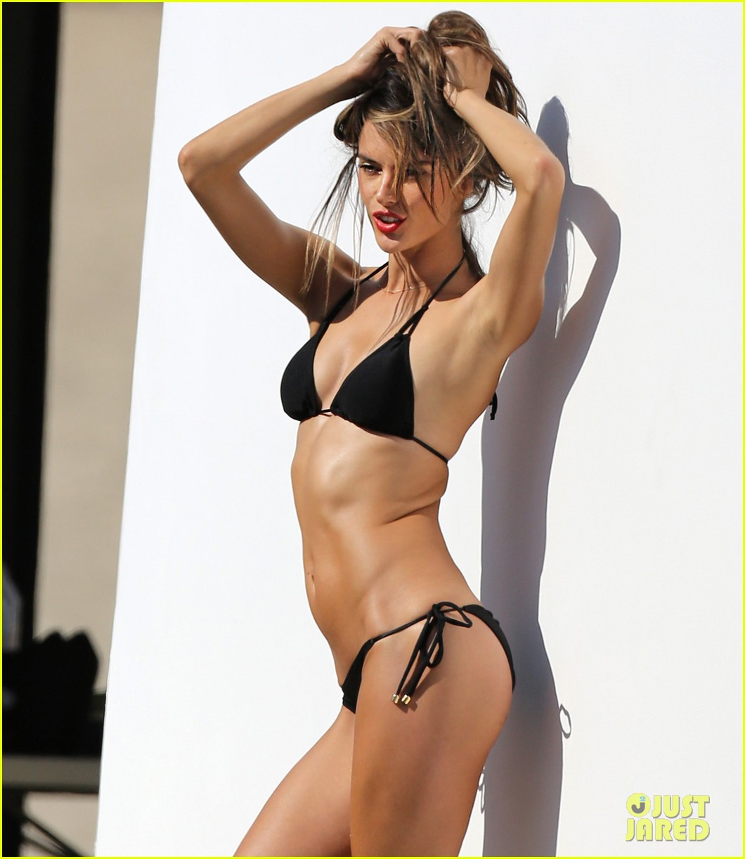 alessandra ambrosio bikini photo shoot in malibu beach 16