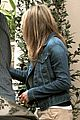 jennifer aniston justin theroux furniture shopping couple 18