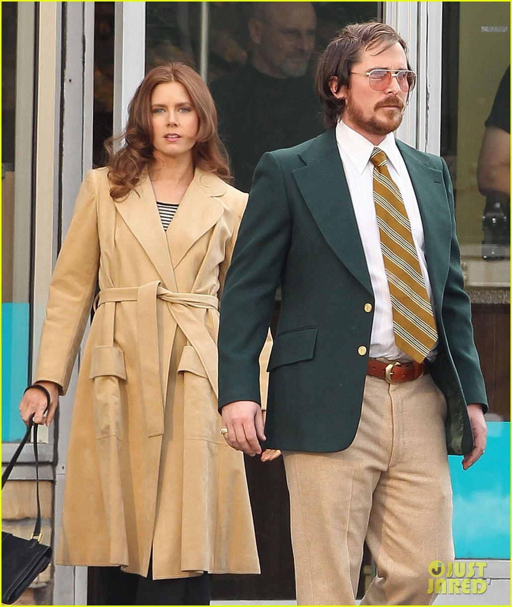 christian bale comb over cut for abscam with amy adams 19