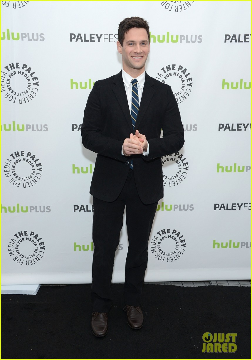 justin bartha andrew rannells new normal at paleyfest 222826557