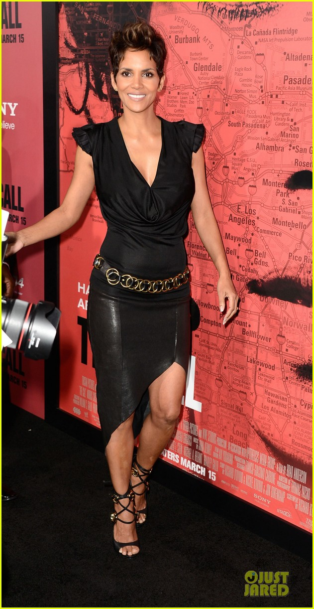 halle berry abigail breslin the call hollywood premiere 11