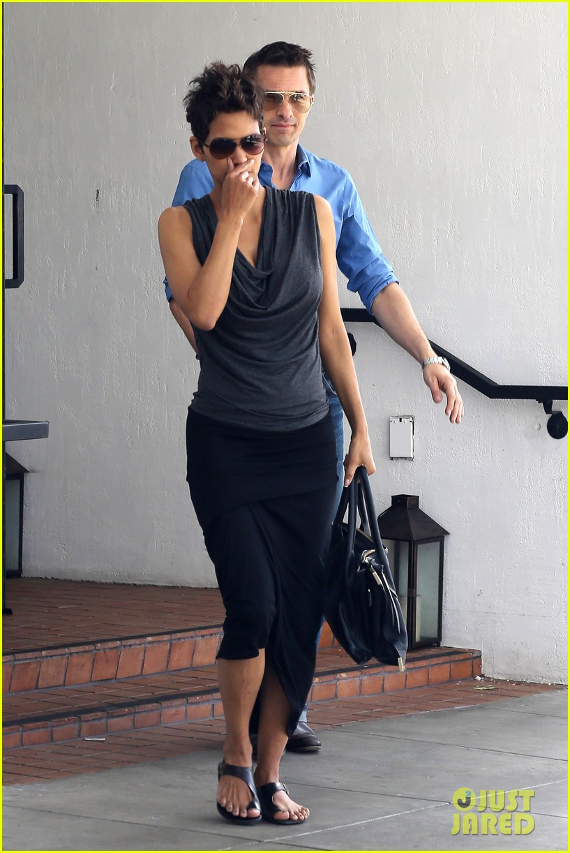 halle berry olivier martinez fig olive lunch 092837589