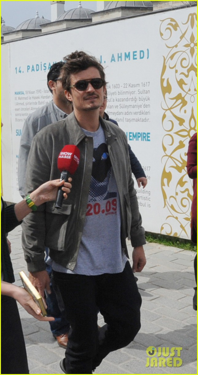 orlando bloom sightseeing in istanbul 092835807