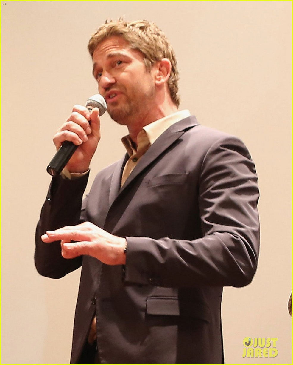 gerard butler olympus has fallen camp pendleton screening 02