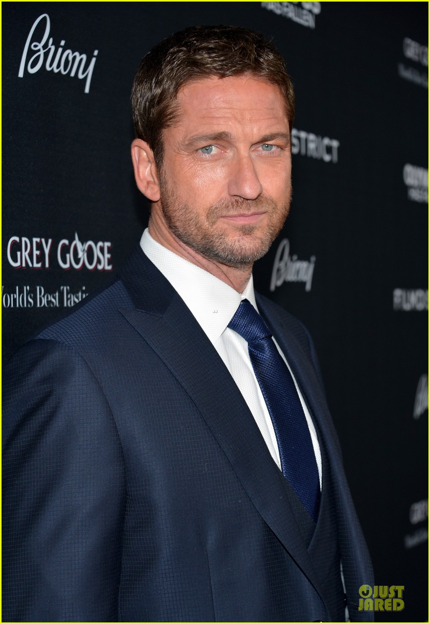gerard butler olympic has fallen hollywood premiere 09