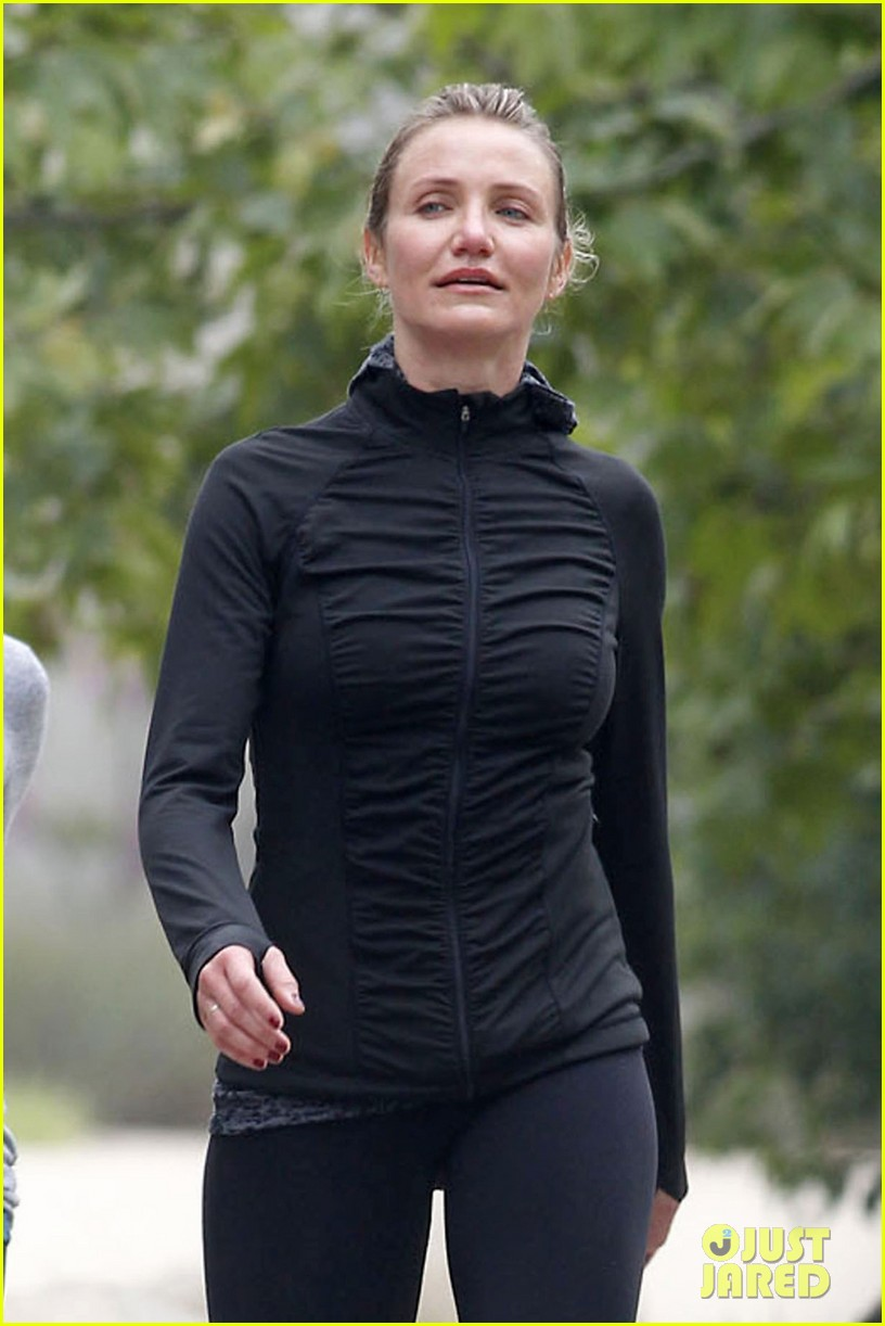 cameron diaz hiking in la 022834393