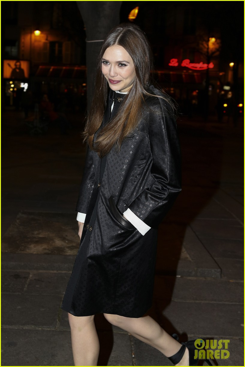 lily collins elizabeth olsen louis vuitton cocktail party 03