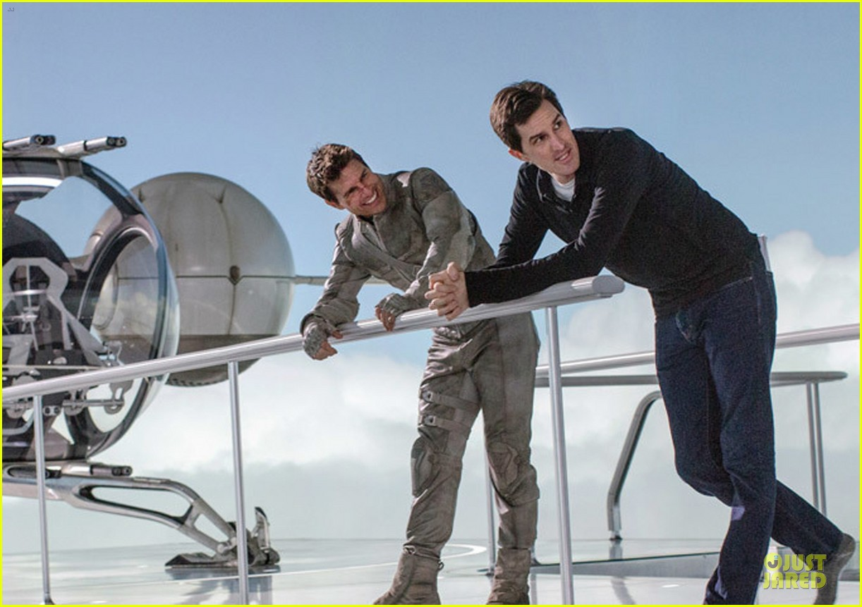 tom cruise oblivion stills released 05