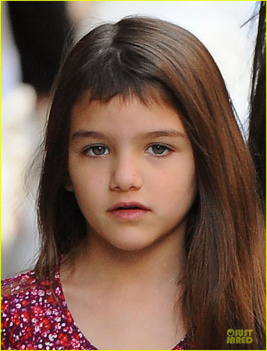 tom cruise loves brazilian fans suri bangs into friend big apple home 26