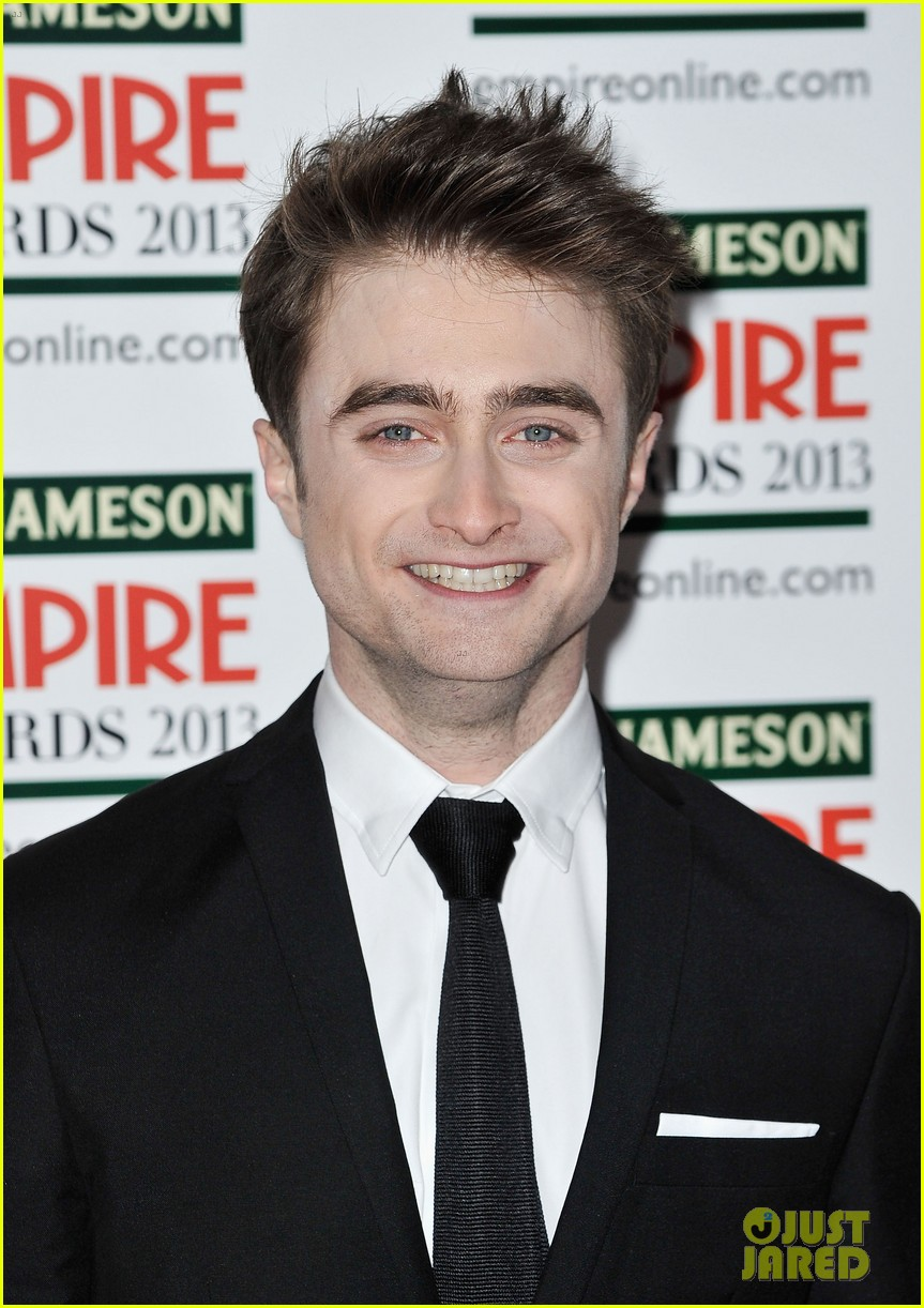 daniel radcliffe sam claflin jameson empire awards 2013 02