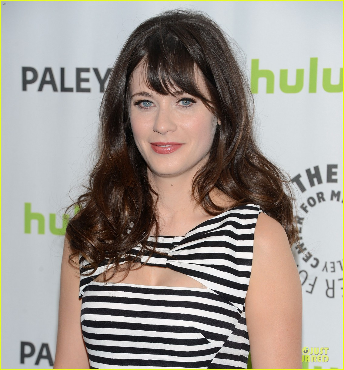 zooey deschanel paleyfest with new girl cast 02