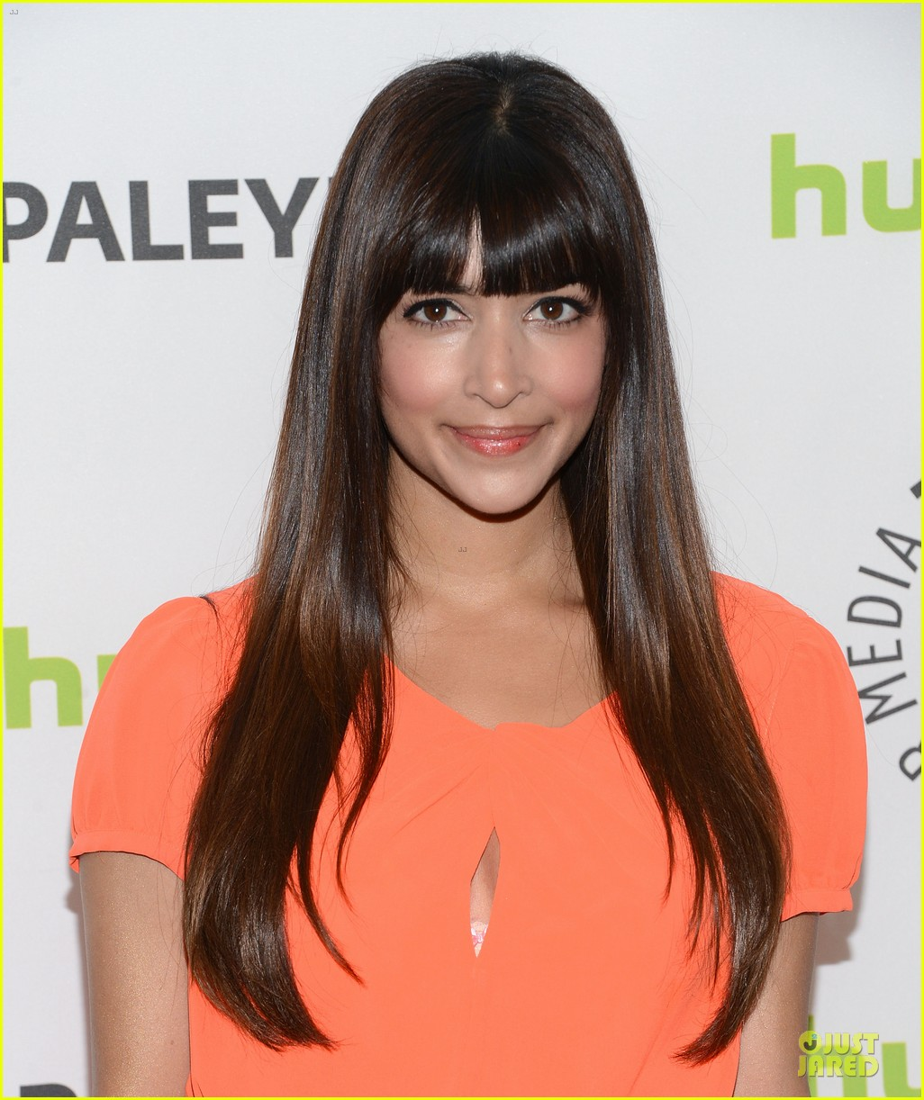 zooey deschanel paleyfest with new girl cast 20