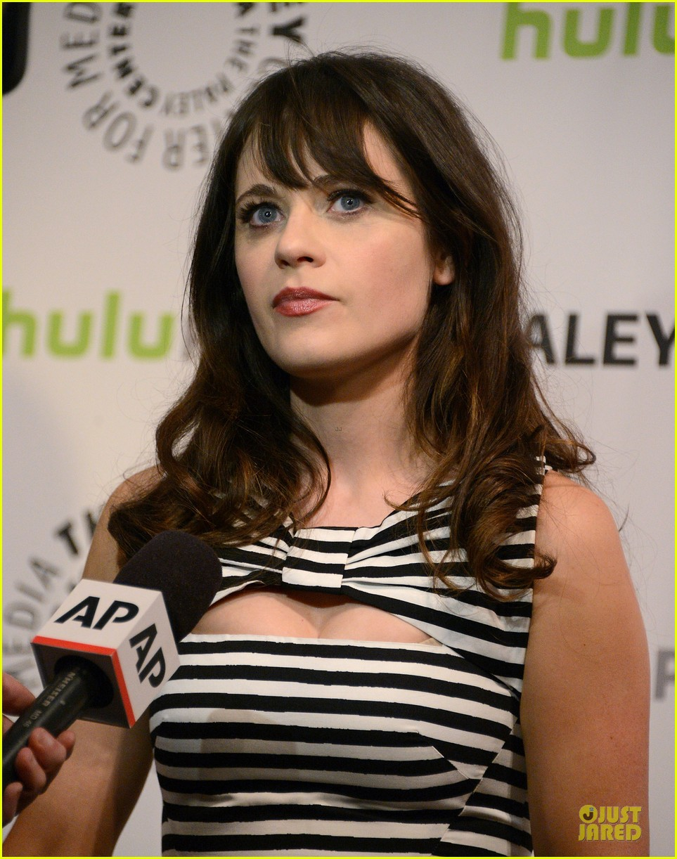 zooey deschanel paleyfest with new girl cast 27