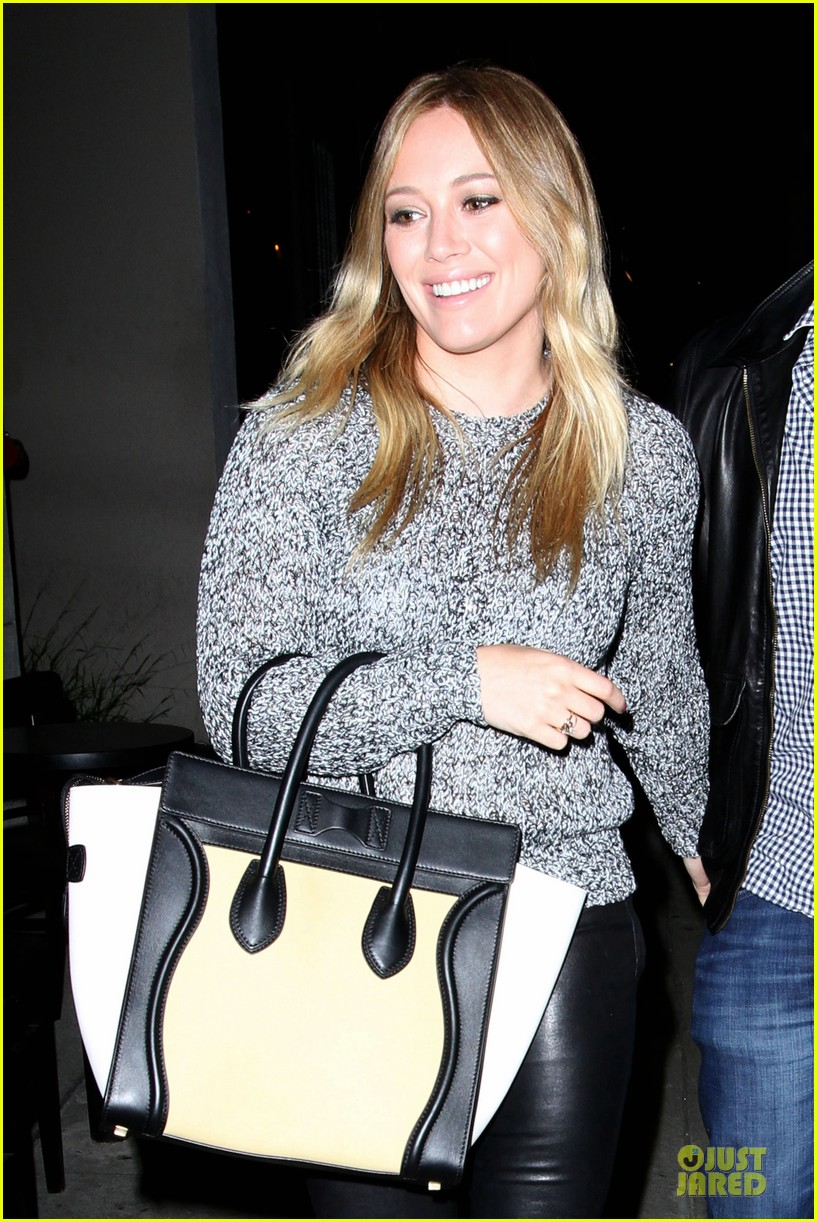 hilary duff daily grill lunch stop 30