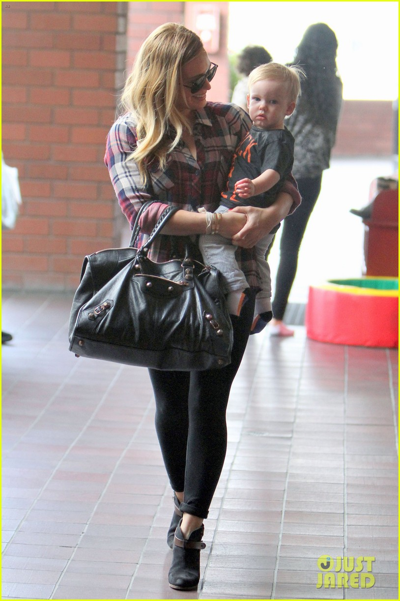 hilary duff baby luca turns 1 032834977