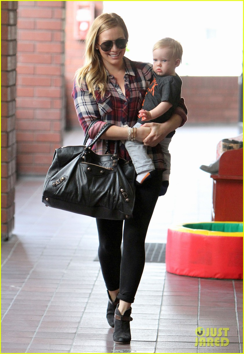 hilary duff baby luca turns 1 09
