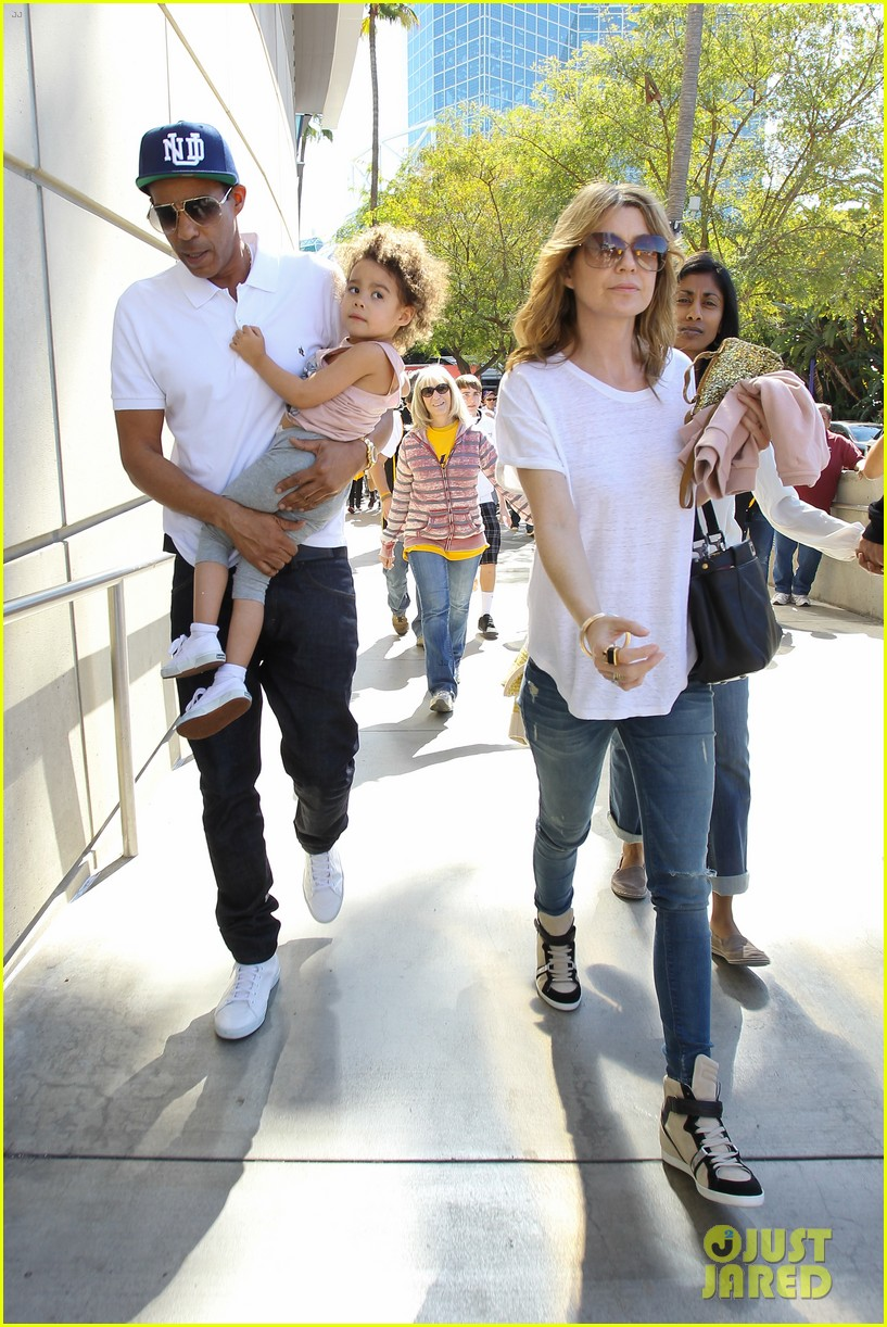 ellen pompeo chris ivery lakers game with stella 012828758