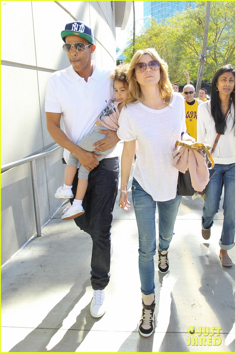ellen pompeo chris ivery lakers game with stella 05