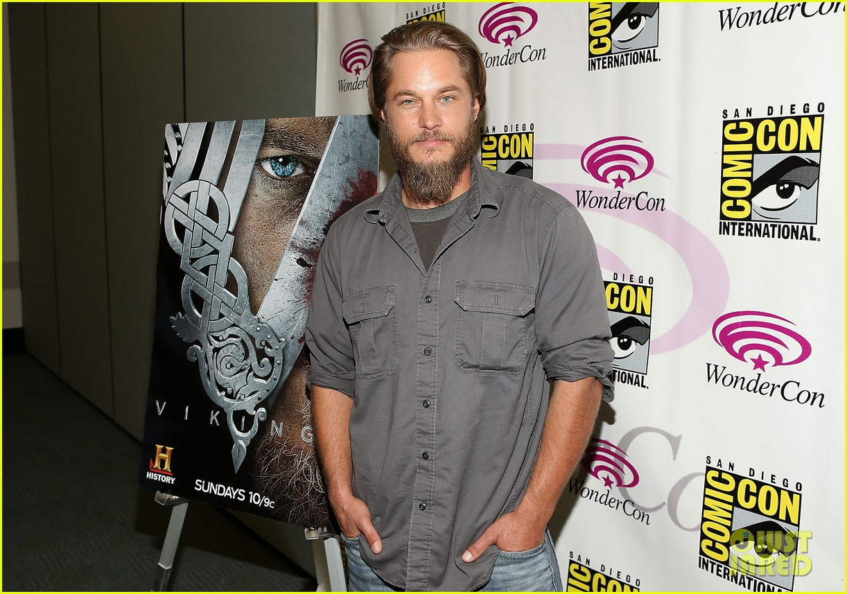travis fimmel from calvin klein model to vikings star 112840659