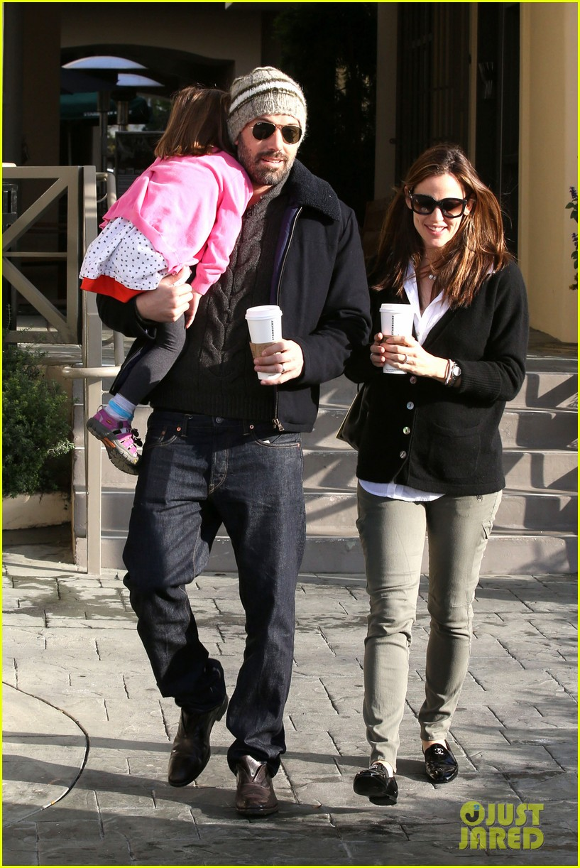 jennifer garner ben affleck breakfast run with sera 022835789