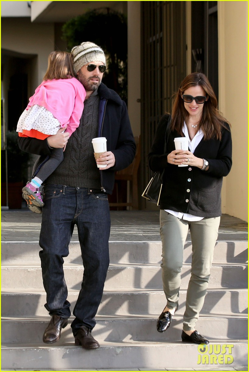 jennifer garner ben affleck breakfast run with sera 092835796