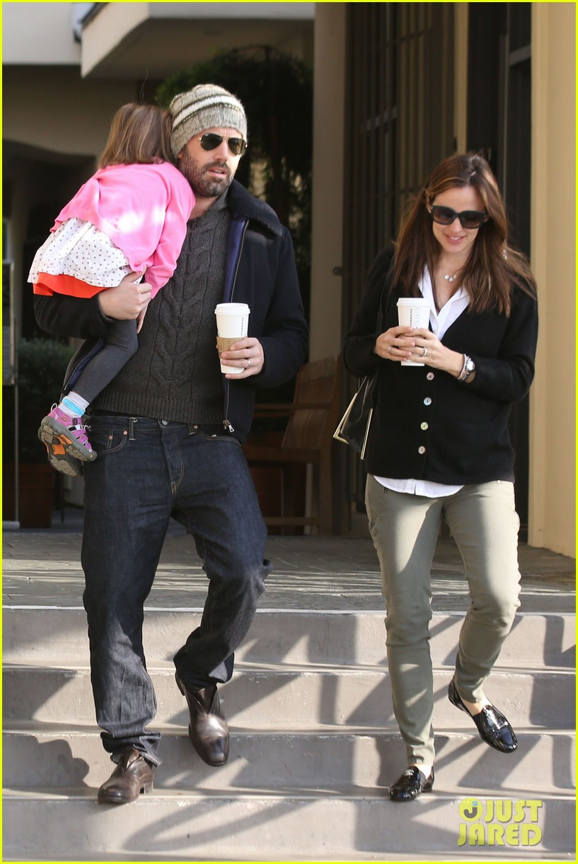 jennifer garner ben affleck breakfast run with sera 11