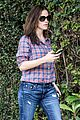jennifer garner its against the law not wear sunscreen 02