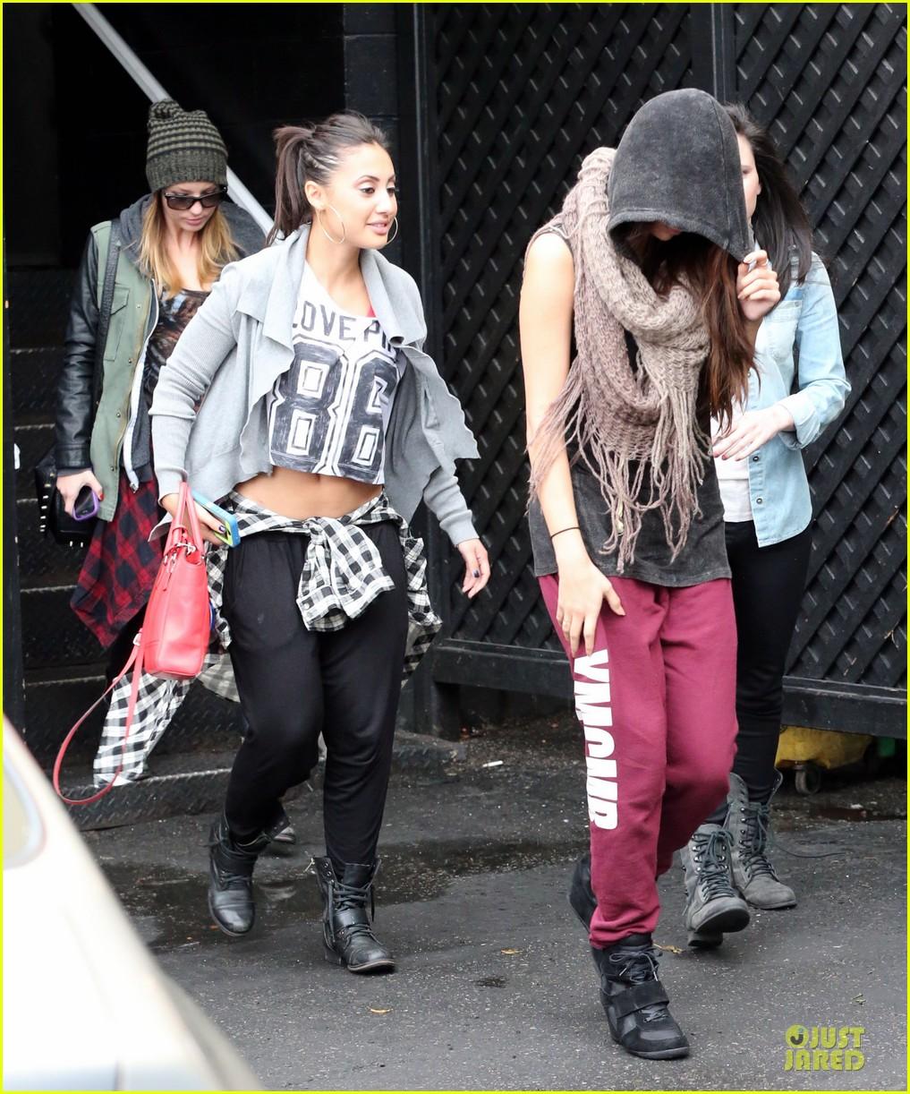 Francia Raisa And Selena Gomez Dancing Francia Raisa Selena Gomez