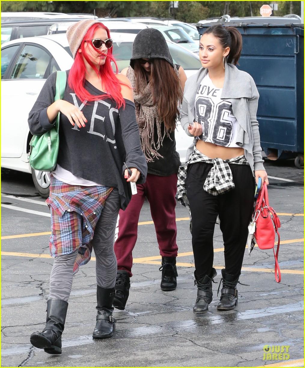 Francia Raisa And Selena Gomez Dancing Selena Gomez Dance Studio