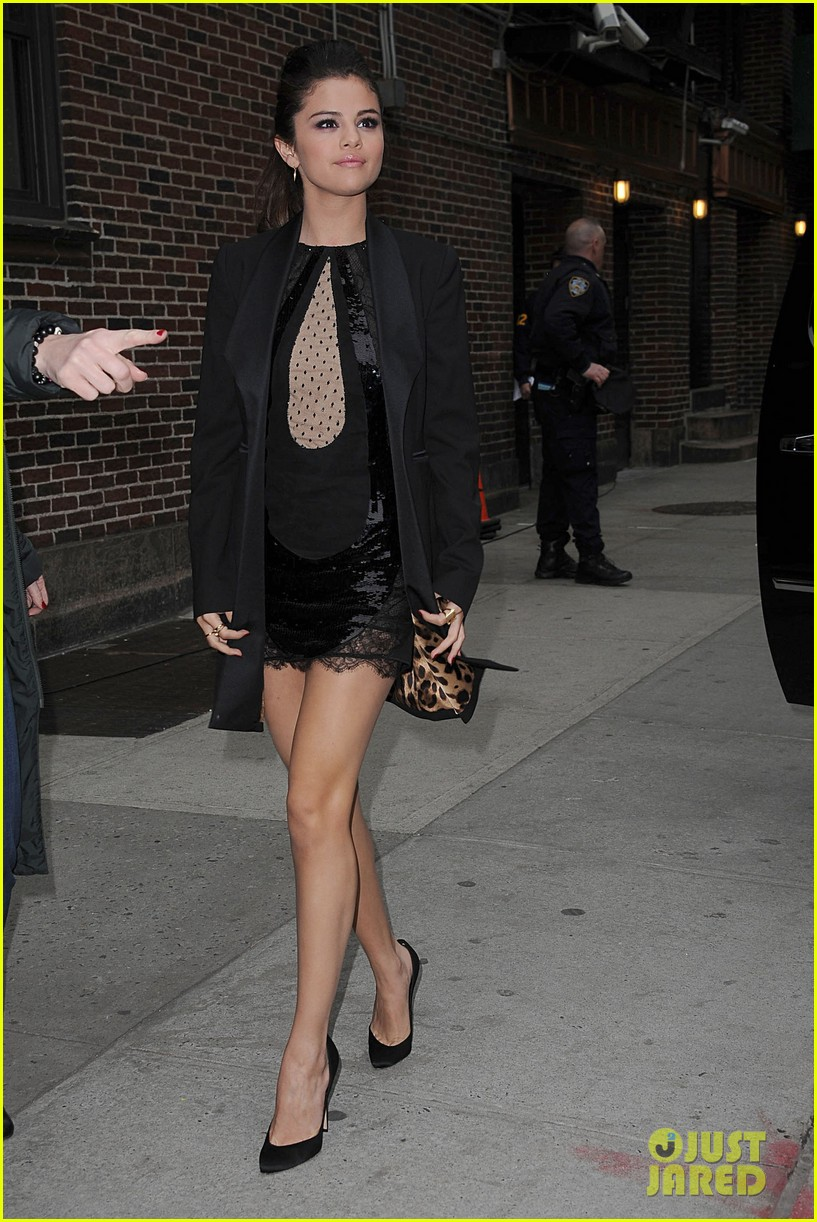 selena gomez late show with david letterman appearance 15