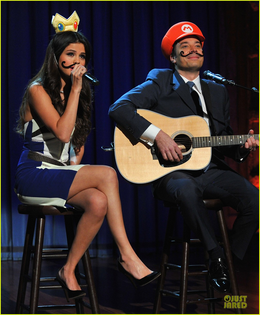 selena gomez mustache beauty on fallon 02