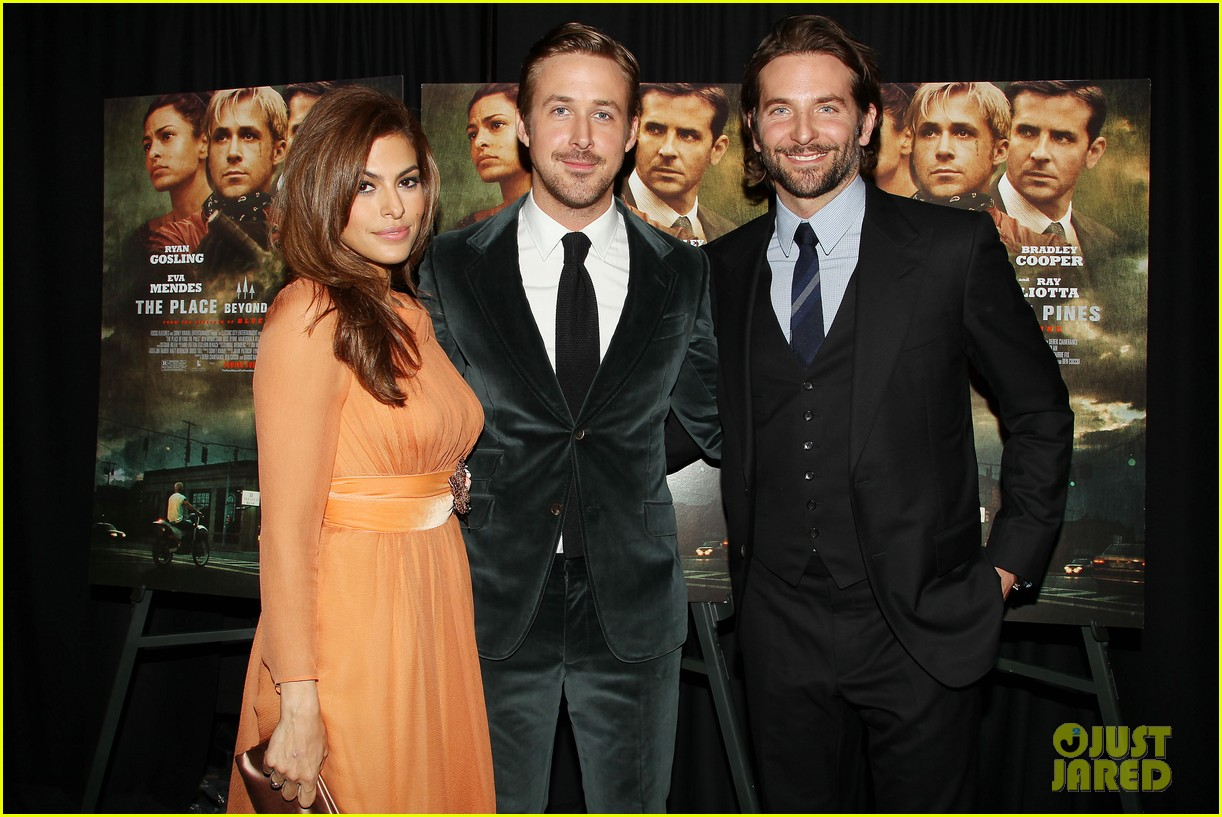 ryan gosling eva mendes place beyond the pines premiere 102839511