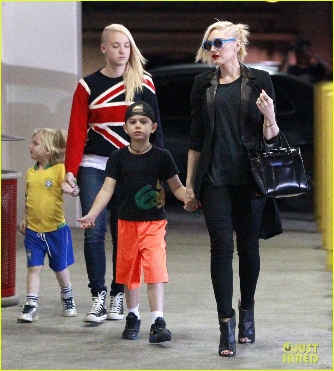 gwen stefani target trip with kingston zuma 23