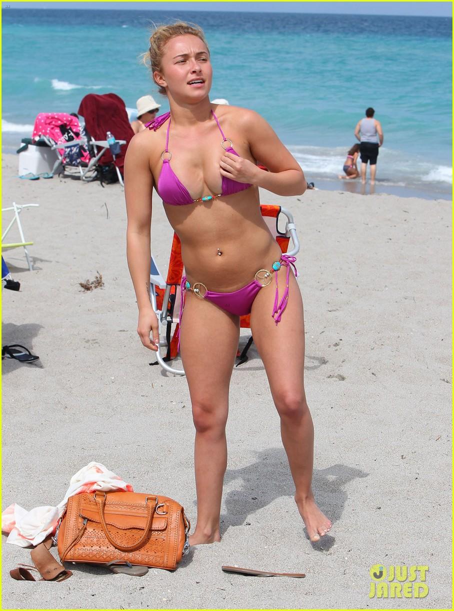hayden panettiere pink bikini babe 10