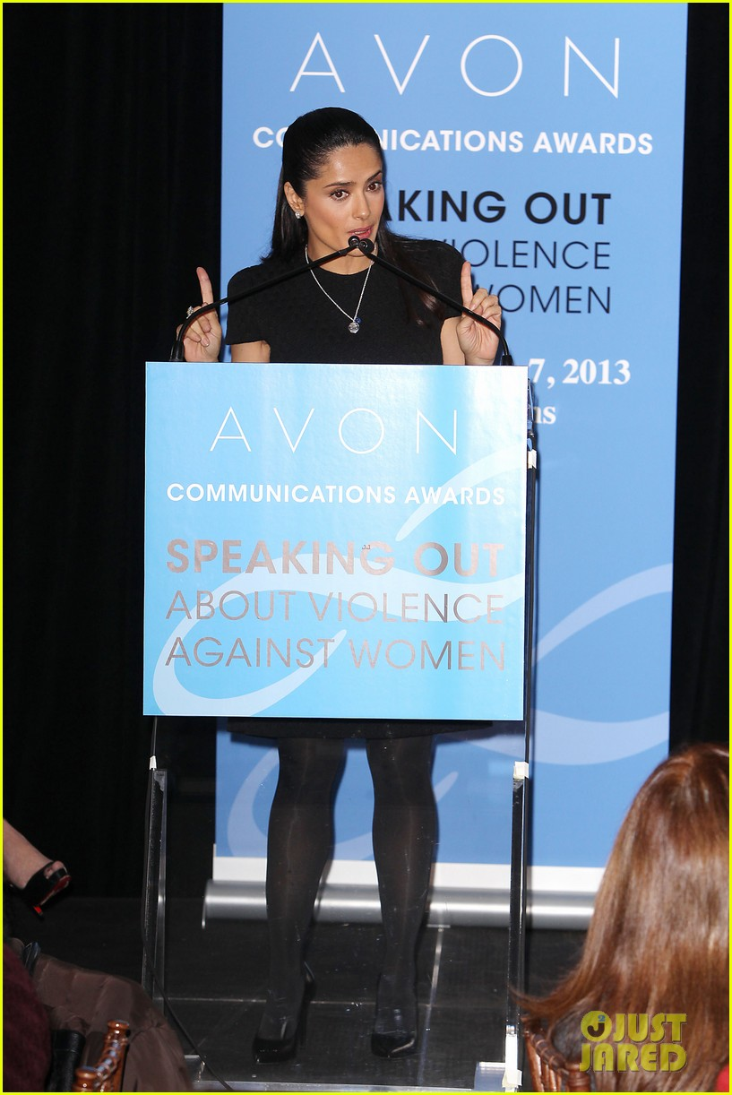 salma hayek avon communication awards 2013 03