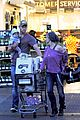 chris hemsworth elsa pataky whole foods family run 04
