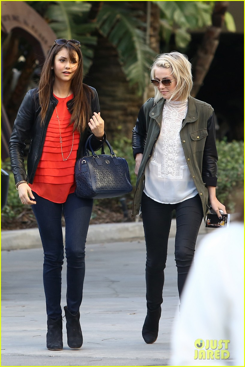 julianne hough post split lakers game with nina dobrev 03