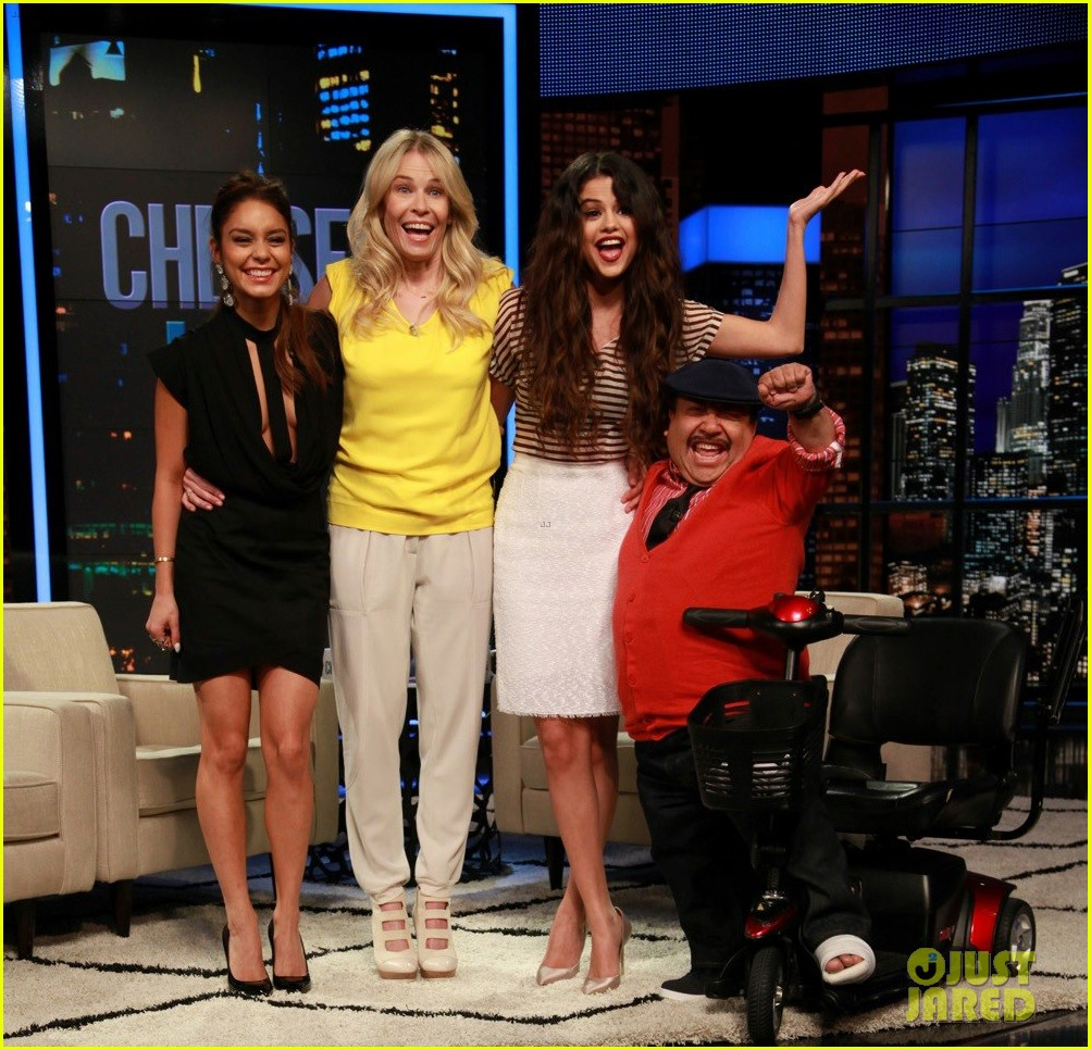 vanessa hudgens selena gomez chelsea lately tonight 02